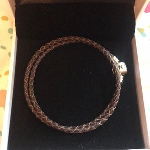 Pandora Jewelry - BNWOT 🌺 Pandora brown leather bracelet adjustable